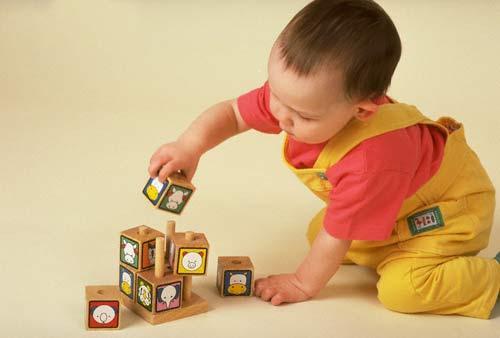 Cách lựa chọn đồ chơi an toàn cho trẻ