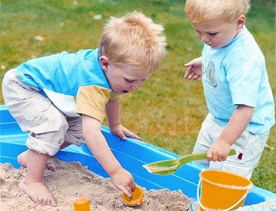 Đồ chơi giáo dục giúp bé tìm hiểu thế giới xung quanh