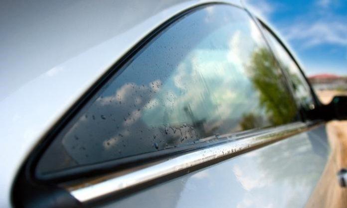 Giấy dán kính chống nắng ô tô