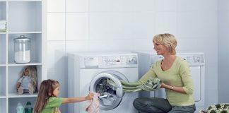 Hướng dẫn cách mở máy giặt Electrolux khi đang giặt