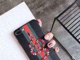 Mẫu ốp điện thoại hình rắn thương hiệu gucci