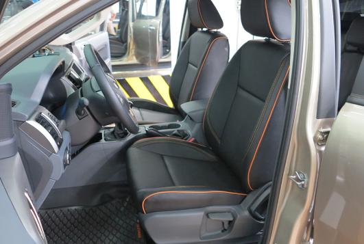 Tiến Dịu Auto là địa chỉ chuyên bọc ghế da xe ô tô được khách hàng đánh giá cao